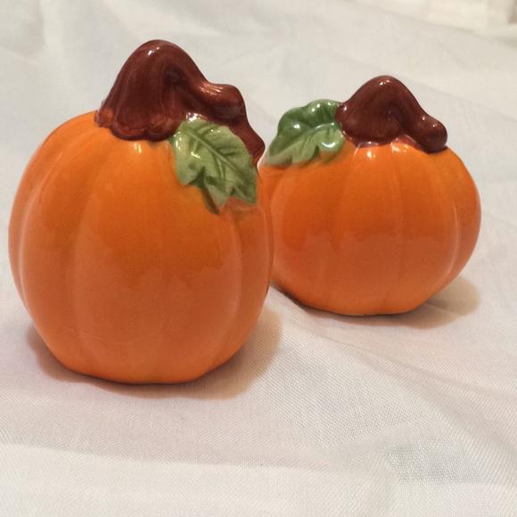 Vintage Other - 2/$15 VTG Pumpkin Fall Salt & Pepper Shakers